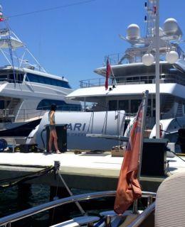 Motor yacht Building